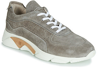 Moma OLIVER GRICIO women's Shoes (Trainers) in Grey