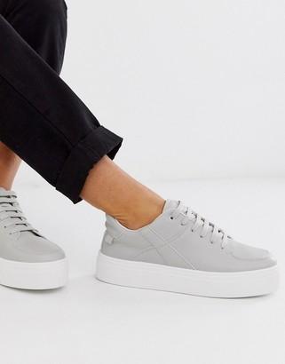 Asos Design DESIGN Destiny chunky flatform sneakers in gray