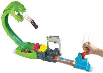 Mattel Hot Wheels Toxic Snake Strike