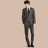 Burberry Modern Fit Travel Tailoring Virgin Wool Suit