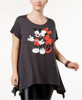 Hybrid Trendy Plus Size Handkerchief-Hem Graphic T-Shirt