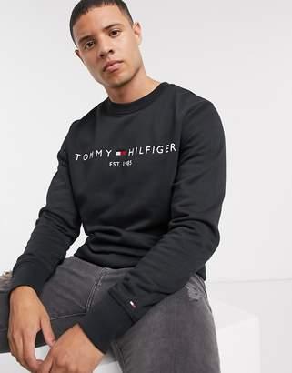 Tommy Hilfiger classic logo sweatshirt in black