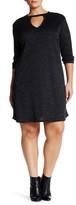 Loveappella Keyhole Shift Dress (Plus Size)