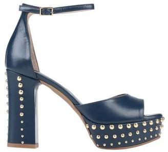 TATTOO Sandals