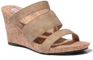 Two Lips Too Too Miles Women's Wedge Sandals