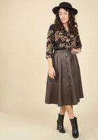 A-List Attendee Midi Skirt in XS