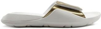 Jordan Hydro 7 sneakers