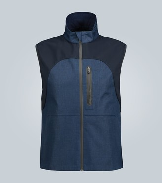 Sease Linen gilet with technical panels