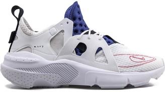 Nike Air Huarache Type sneakers