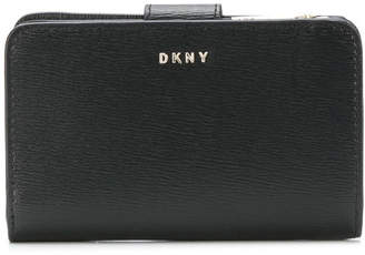 DKNY Bryant Small Leather Wallet