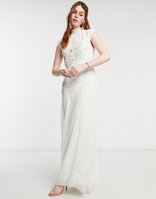 Hope & Ivy Bridal floral beaded and embroidered maxi dress with open back in ivory