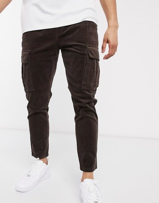 Solid slim fit cargo trouser in brown