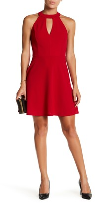 Vanity Room Front Keyhole Dress (Regular & Petite)