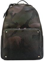 Valentino Garavani Valentino Rockstud backpack - men - Calf Leather - One Size