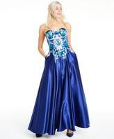 Blondie Nites Juniors' Floral-Applique Strapless Gown
