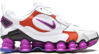 Nike TL Nova sneakers