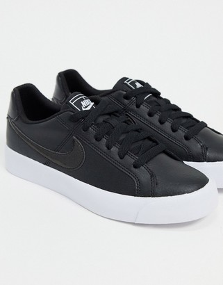 Nike court royale trainers in black & white