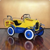 The Well Appointed House Dexton Deluxe Tow Truck Roadster Pedal Car for Kids - CURRENTLY ON BACKORDER UNTIL SUMMER OF 2017