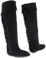 Minnetonka Boots - Item 11321288