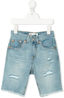 Levi's Cutt-Off Shorts