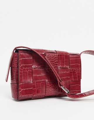 NA-KD woven detail shoulder bag in burgundy