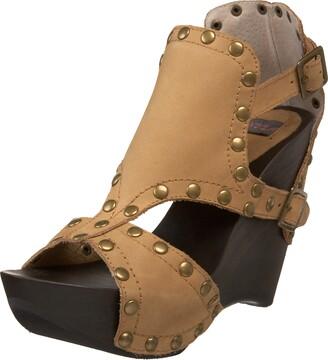 N.Y.L.A. Women's Placido Platform Sandal