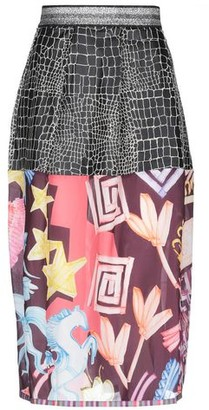 Save the Queen 3/4 length skirt