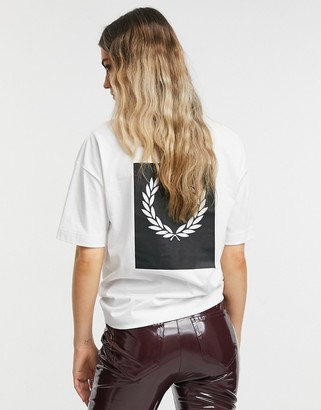 Fred Perry print T-shirt in white