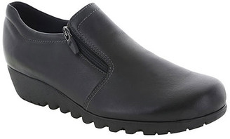 Munro American Shoes Women's Casual boots BLACK - Black Side-Zip Napoli Leather Bootie - Women