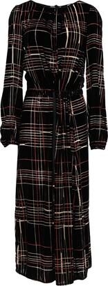 Gigue 3/4 length dresses