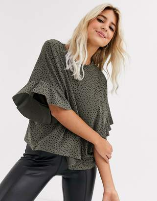 New Look frill sleeve polka dot blouse in green
