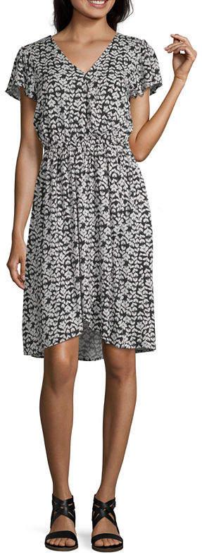 cf5af51b957 PEYTON & Peyton & Short Sleeve Floral Wrap Dress