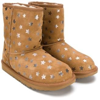 UGG star printed boots