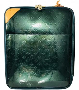 Louis Vuitton Pegase Green Patent leather Travel bags