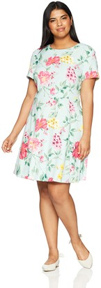 Jessica Howard JessicaHoward Women's Plus Size Floral Fit and Flare with Cap Sleeves