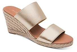 Andre Assous Women's Amalia Wedge Sandals