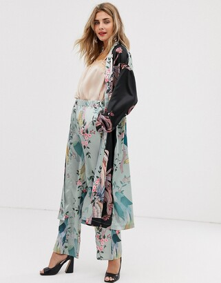 Liquorish wide leg trousers in bird print co ord