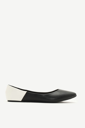 Ardene Color Block Faux Leather Pointy Flats
