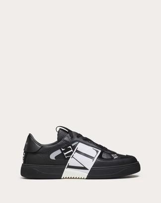 Valentino Garavani Uomo Calfskin Vl7n Sneaker With Bands Man Black/white Calfskin 100% 39