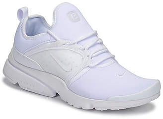 Nike PRESTO FLY WORLD men's Shoes (Trainers) in White