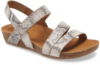 Comfortiva Gardena Strappy Sandal