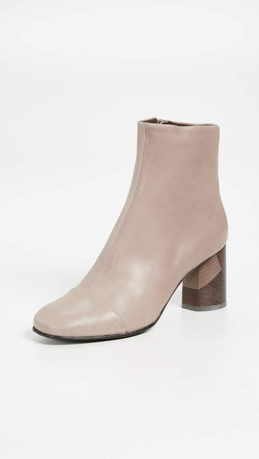 Coclico Laeve Block Heel Booties