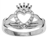 Journee Collection 1/6 CT. T.W. Round-cut Cubic Zirconia Accent Claddagh Pave Set Ring in Sterling Silver - Silver