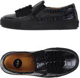 ras Sneakers