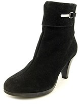 La Canadienne Malory Women Round Toe Suede Ankle Boot.