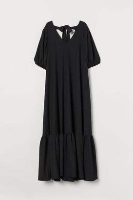 H&M Wide-cut Tie-detail Dress - Black