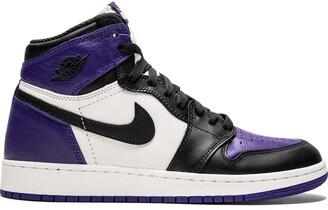 Nike Kids TEEN Air Jordan 1 Retro sneakers