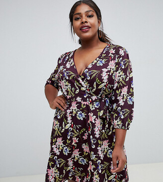 Yumi Plus wrap dres in floral print-Red