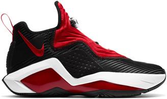 Nike LeBron Soldier XIV Mens Basketball Shoes