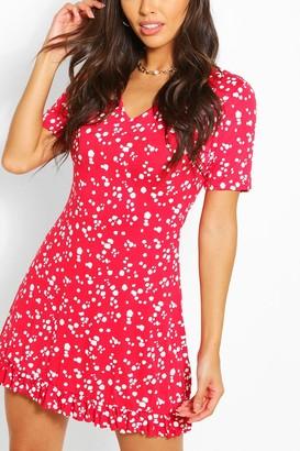 boohoo Splog Print V Neck Frill Hem Shift Dress
